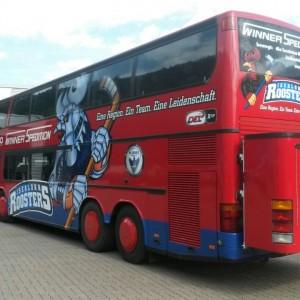 Mannschafts-Bus